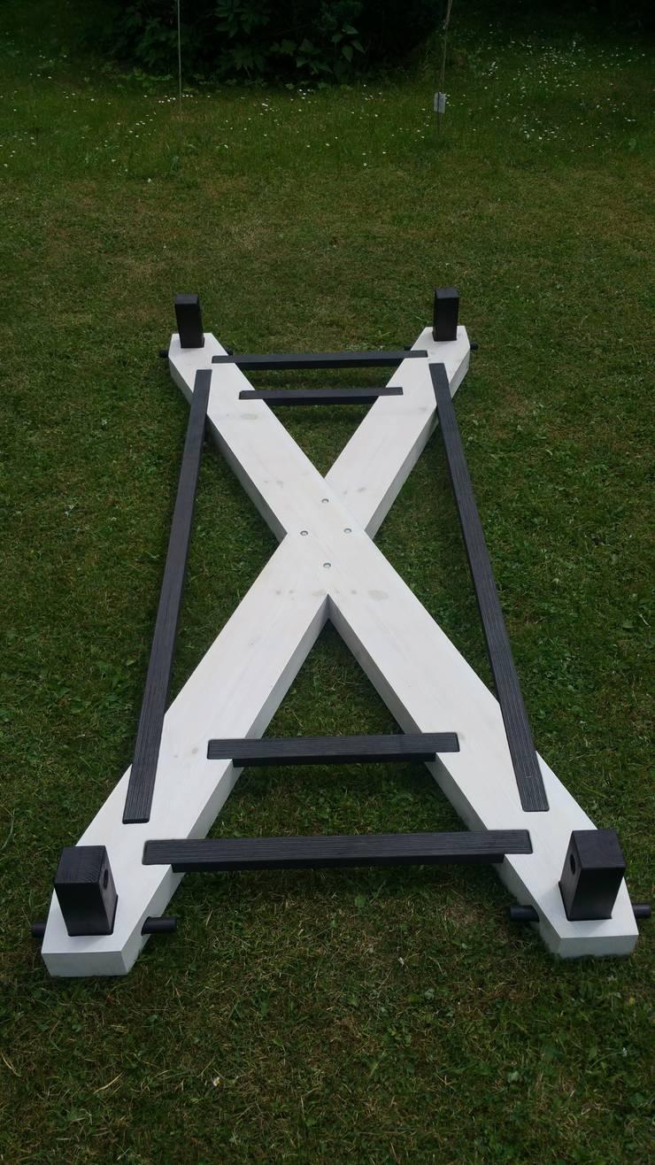 Wiszące łóżko – The X: styl , w kategorii  zaprojektowany przez Hanging beds,Minimalistyczny