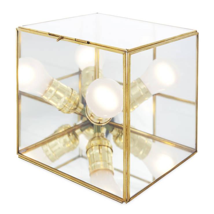 Cubo Candela: Paisajismo de interiores de estilo  por Candela*