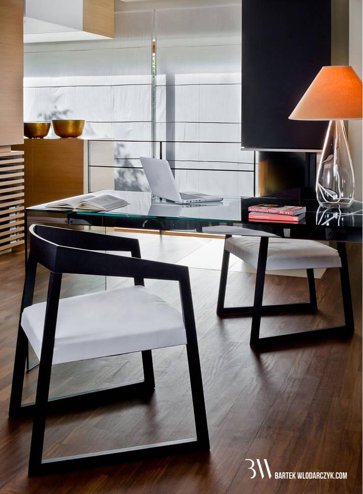 Gabinet: styl , w kategorii Domowe biuro i gabinet zaprojektowany przez Bartek Włodarczyk Architekt