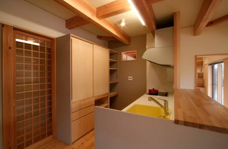 まかないや(賄家): 大林勇設計事務所が手掛けたキッチンです。