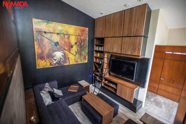 Salas / recibidores de estilo moderno por Nómada Studio