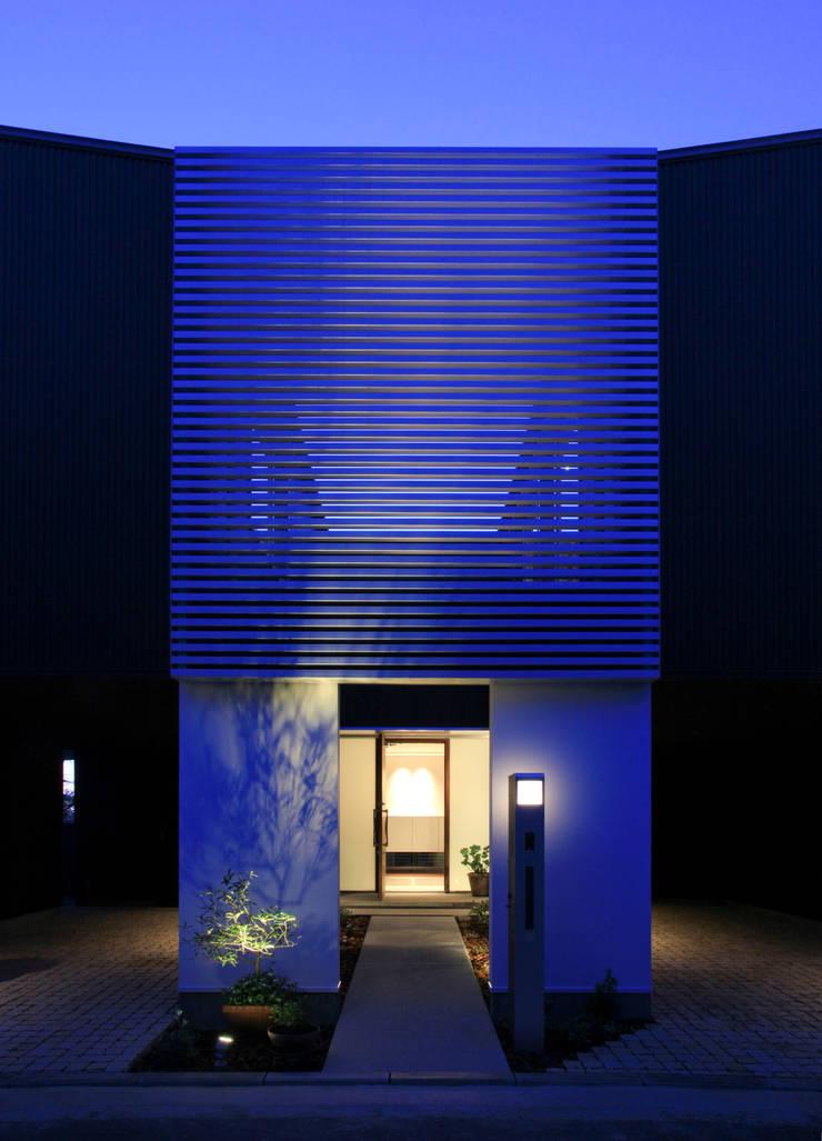 higashino house: 髙岡建築研究室が手掛けた家です。