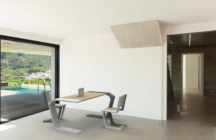 Stół Gravity: styl , w kategorii Jadalnia zaprojektowany przez Modern Line,
