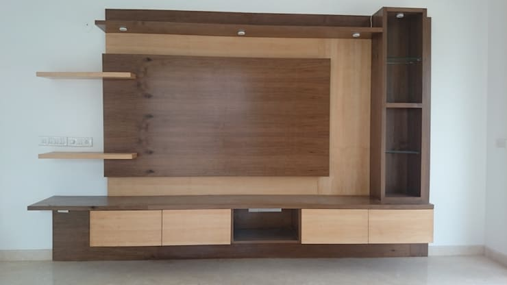 Living Room Cabinet:  Living room by Arka Interio