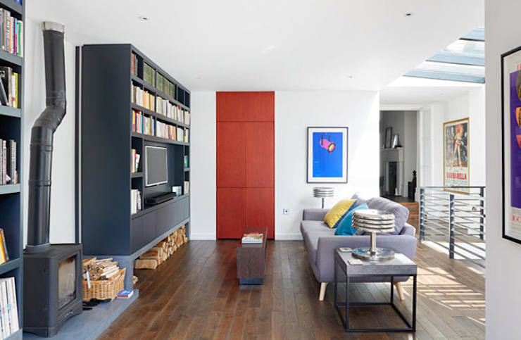 Briarwood Road:  Living room by Granit Architects