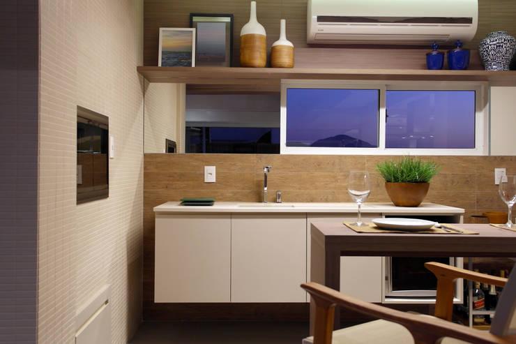 Dapur Modern Oleh Amanda Carvalho - arquitetura e interiores Modern