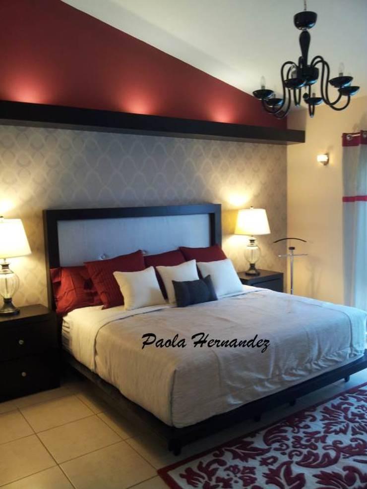 Recámaras: Recámaras de estilo  por Paola Hernandez Studio Comfort Design