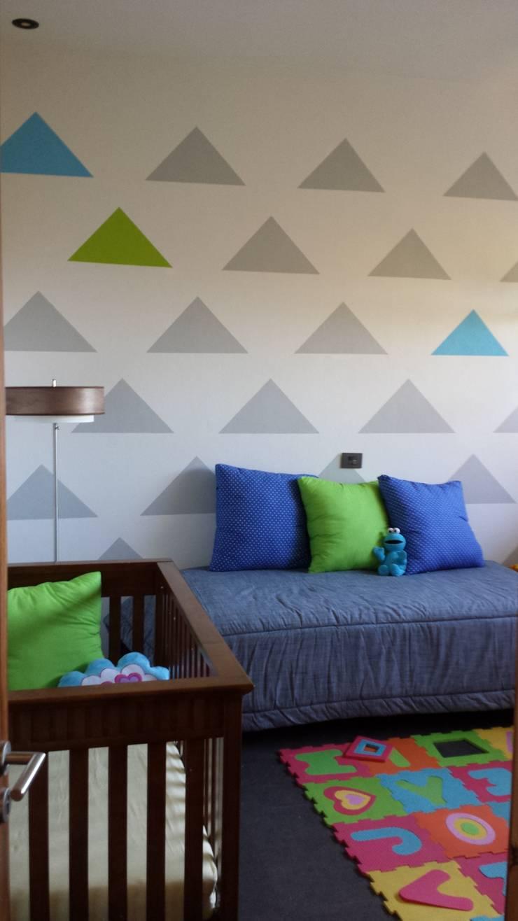 Recámaras infantiles: Recámaras de estilo  por Paola Hernandez Studio Comfort Design
