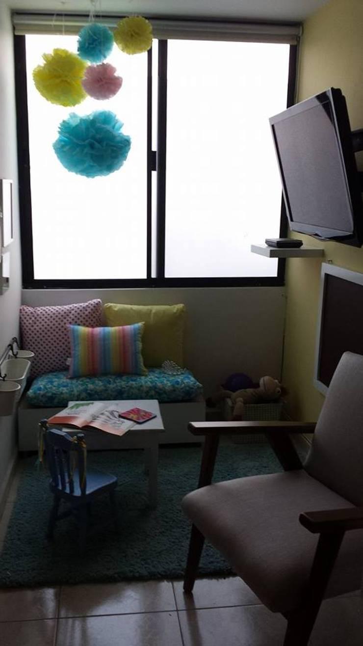 Study/office by Paola Hernandez Studio Comfort Design
