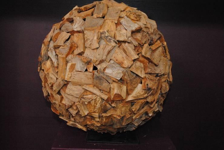 Holz Kugel:  Haushalt von Haedi-Flor Meisterbetrieb