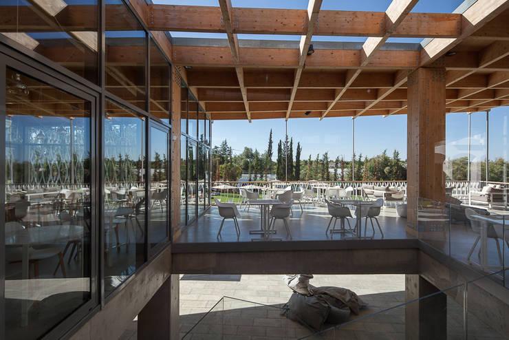 OZADI TAVIRA HOTEL REABILITAÇÃO E EXTENSÃO:   por CAMPOS COSTA ARQUITECTOS
