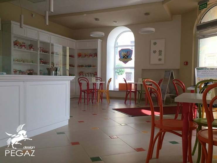 Cukiernia: styl , w kategorii Gastronomia zaprojektowany przez Pegaz Design
