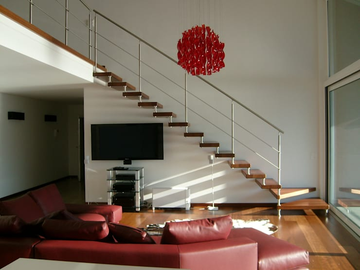 modern Corridor, hallway & stairs by SPEZIALE SCALE