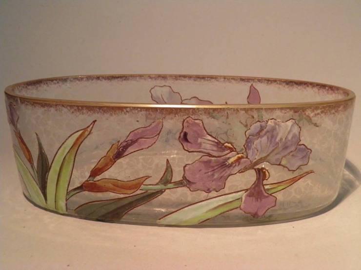 Floreira Arte Nova : Arte  por Downton Cascais Antiques