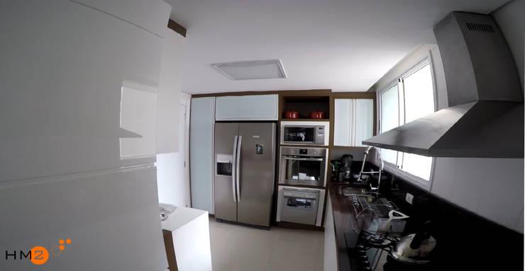 Apartamento NR: Cozinhas  por HM2 arquitetura criativa