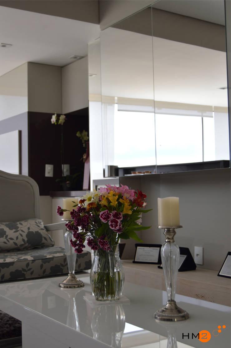 Apartamento NR: Salas de estar  por HM2 arquitetura criativa