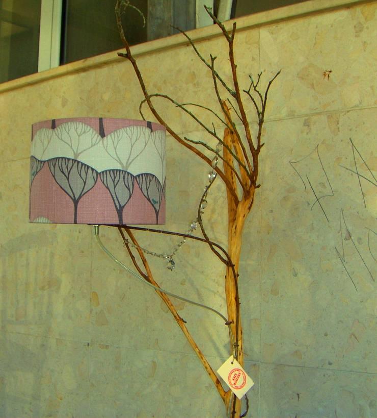 """Candeeiro """"Bosque"""": Casa  por Second Life"""