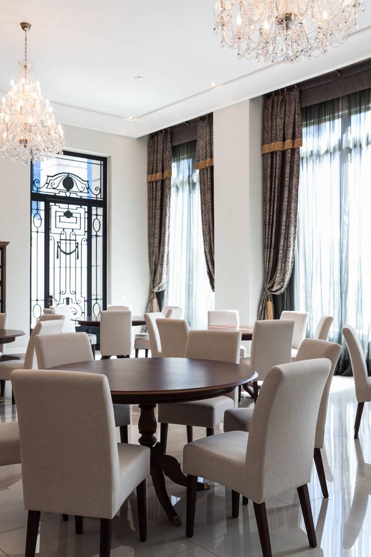 PLACE LEOPOLDO – Event space: Salas de jantar clássicas por Bender Arquitetura
