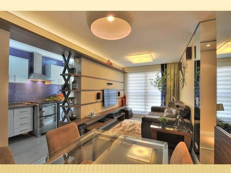 Projekty,  Salon zaprojektowane przez Bender Arquitetura