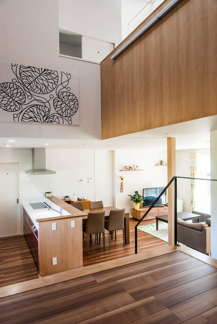 キッチン: 株式会社ブレッツァ・アーキテクツが手掛けたキッチンです。