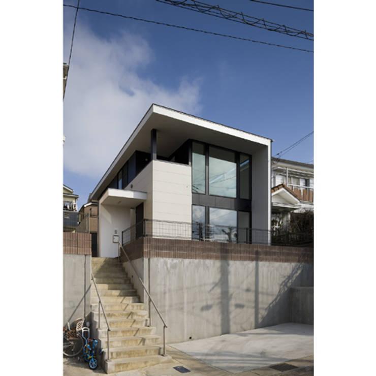 だんだんのいえ: 関建築設計室 / SEKI ARCHITECTURE & DESIGN ROOMが手掛けた家です。,