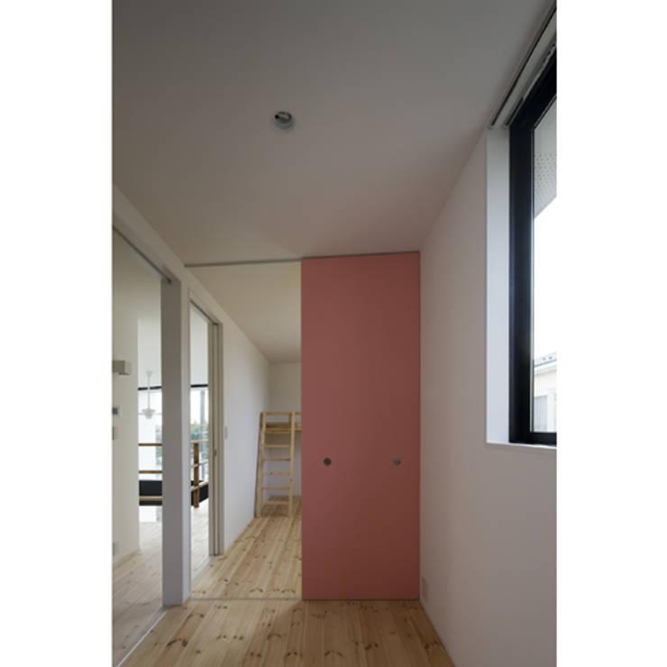 関建築設計室 / SEKI ARCHITECTURE & DESIGN ROOM의  아이방