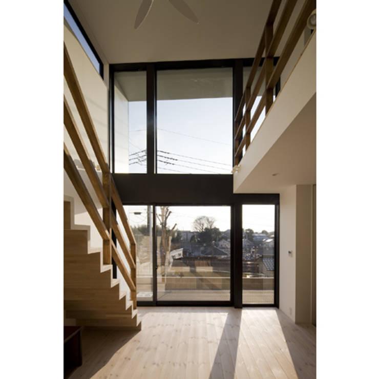 関建築設計室 / SEKI ARCHITECTURE & DESIGN ROOM의  거실