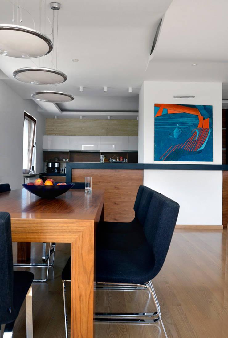 apartament na ursynowie : styl , w kategorii Kuchnia zaprojektowany przez PIKSTUDIO,