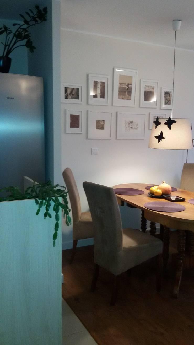 Dining room by Studio Projektowania doMIKOart, Modern