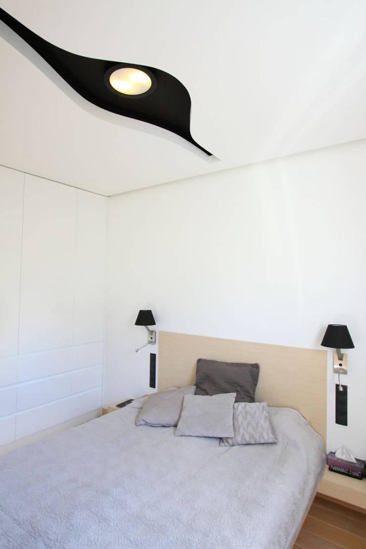 apartament  miasteczko wilanow: styl , w kategorii Sypialnia zaprojektowany przez PIKSTUDIO,Nowoczesny