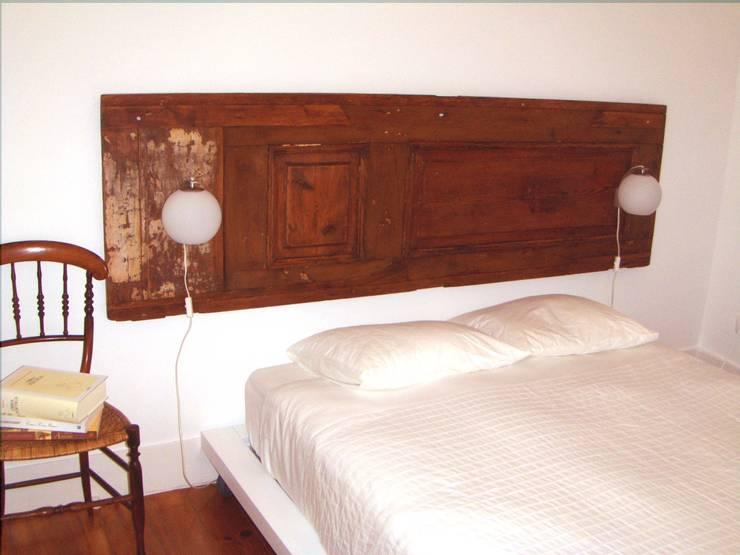 Cabeceira de cama:   por Restauro em Sintra