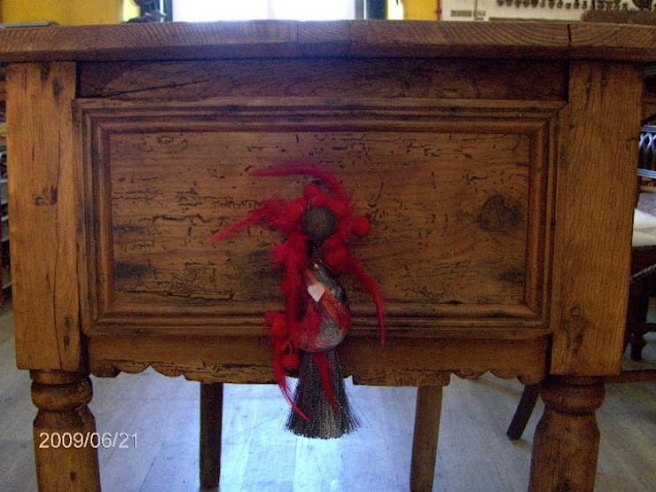 Mesa de abas:   por Restauro em Sintra