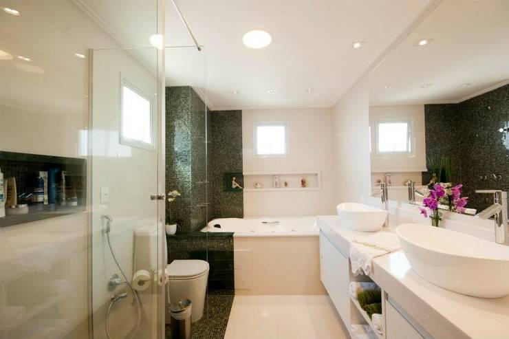 Modern style bathrooms by ProArq Brasil Modern Marble
