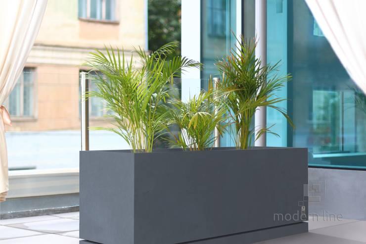 Donica Regular z podstawką: styl , w kategorii Gospodarstwo domowe zaprojektowany przez Modern Line