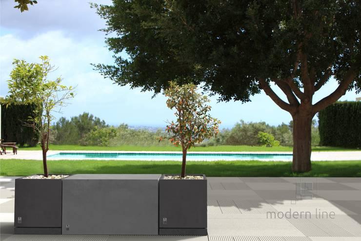 Donica Regular z podstawką: styl , w kategorii Balkon, weranda i taras zaprojektowany przez Modern Line,