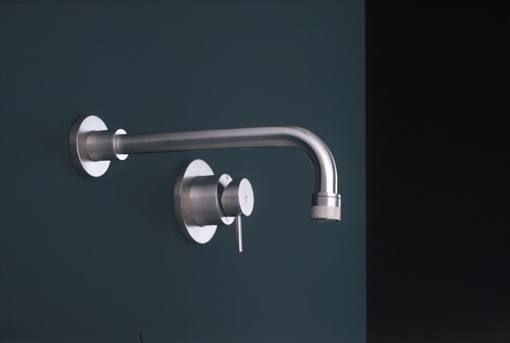 Bathroom by Giulio Gianturco
