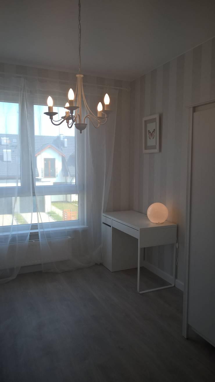 Mieszkanie pokazowe Wrocław: styl , w kategorii Pokój dziecięcy zaprojektowany przez Julia Domagała wnętrza,Nowoczesny