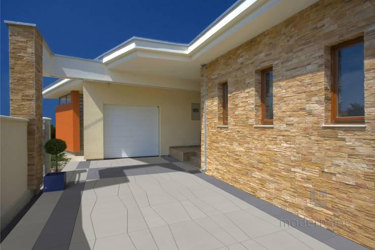 Płyta Multi: styl , w kategorii Ściany i podłogi zaprojektowany przez Modern Line
