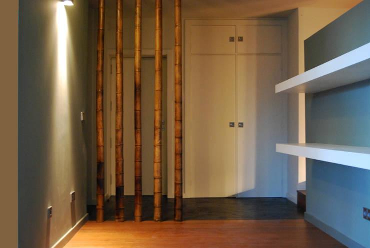Corridor, hallway by Teresa Pinto Ribeiro | Arquitectura |