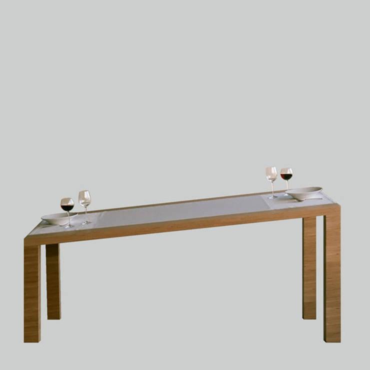 14 % [table]:  Esszimmer von Laszlo Rozsnoki