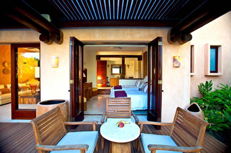 Casa Siete: Terrazas de estilo  por BR  ARQUITECTOS