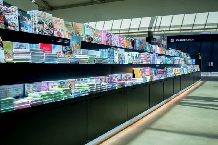 The Style Book Shop: Lojas e espaços comerciais  por Q'riaideias