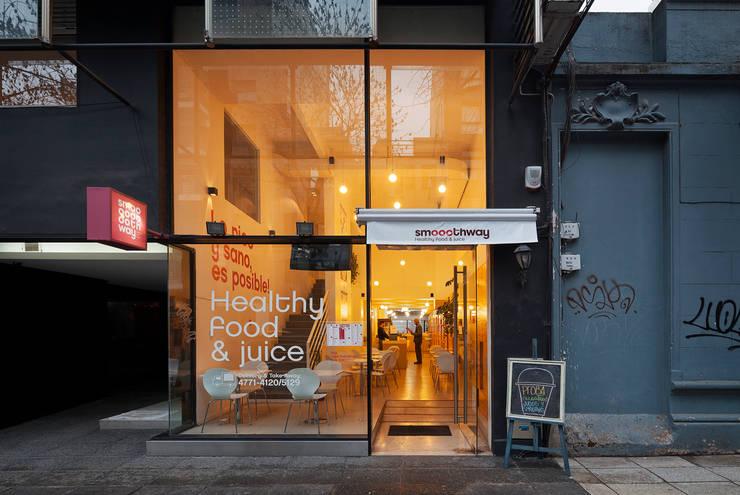 Smoothway Soler: Casas de estilo moderno por IR arquitectura