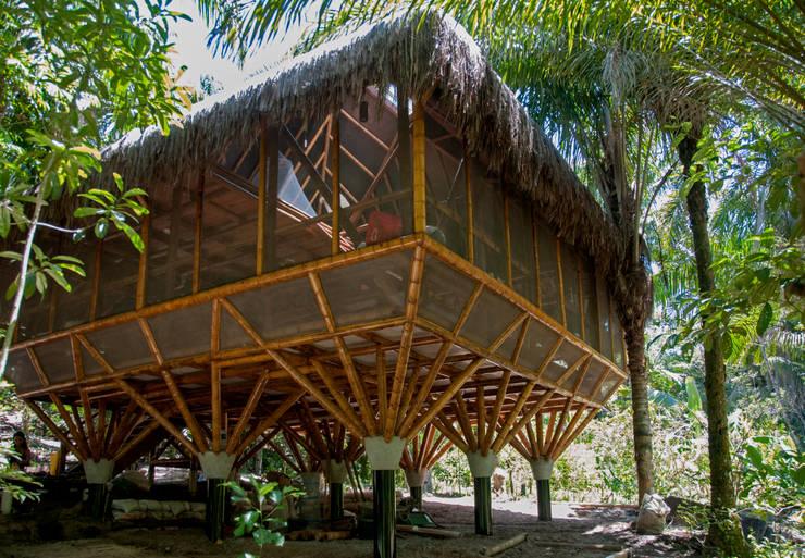 Universo Pol – Morro de San Pablo: Dormitorios de estilo  por IR arquitectura