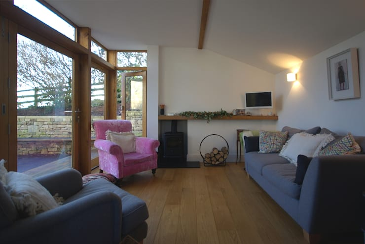 Church Lane: classic Living room by Designscape Architects Ltd