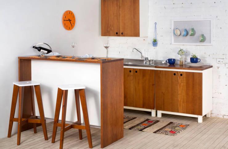 Cozinha integrada: Cozinha  por Meu Móvel de Madeira