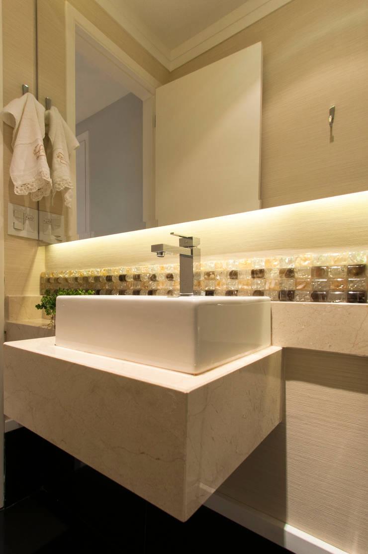 Lavabo: Banheiros  por LC ARQUITETURA