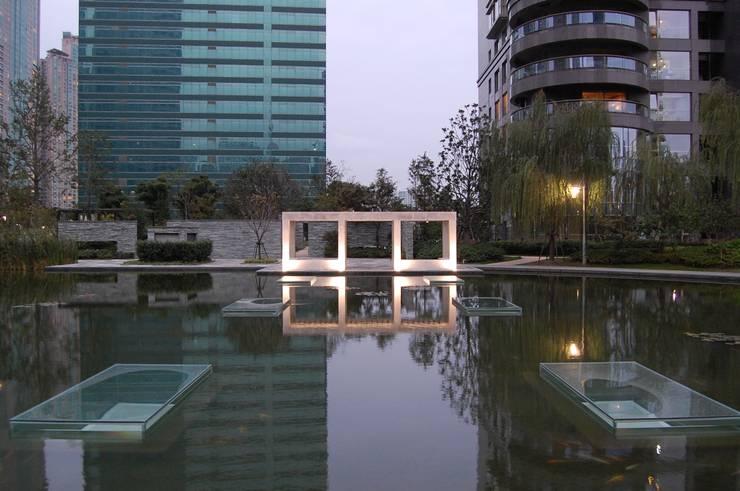 上海張楊浜江花園: 株式会社日本総合計画研究所が手掛けた庭です。,