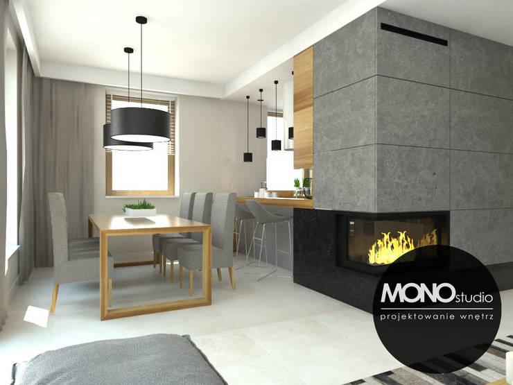 Nowoczesna minimalistyczna kuchnia w jasnej tonacji .: styl , w kategorii Jadalnia zaprojektowany przez MONOstudio