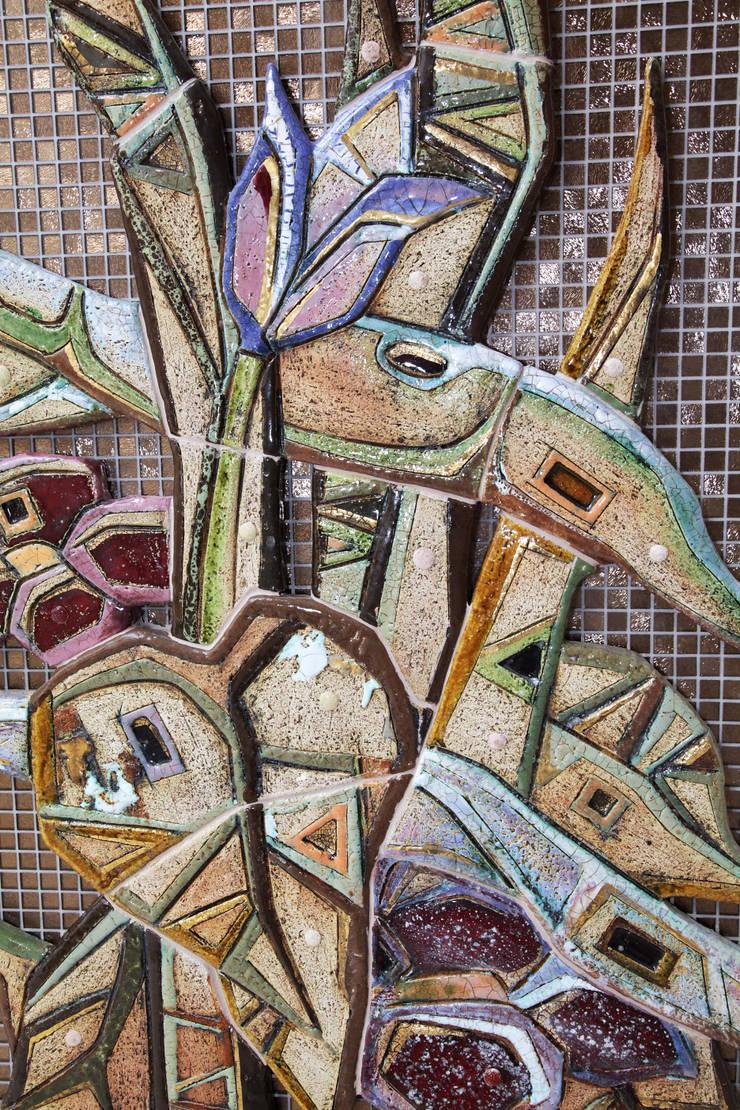 Цветочная симфония: Произведения искусства в . Автор – ООО 'Арт-керамика Владимира Ковалева'